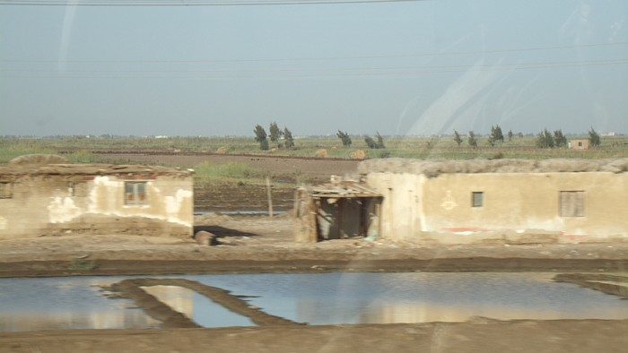 Homes on the road to Cairo
